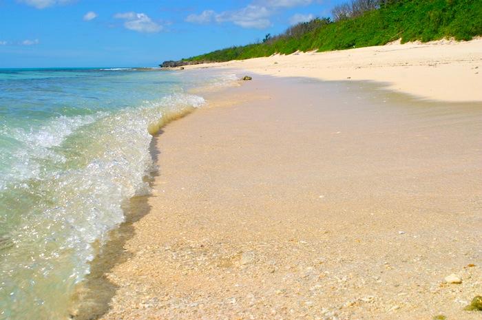 沖縄梅雨明け。青い海とロックンロールの時間がやってきました!!